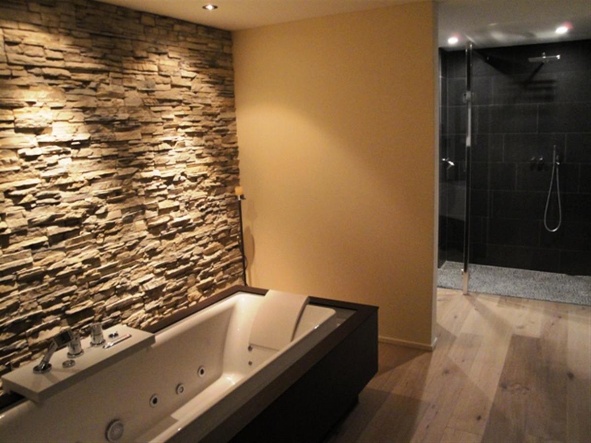 ... auch Ihr Badezimmer in einen charakterstarken Raum mit Charme